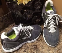 Nike men's gray & white running shoes Calgary, T2J