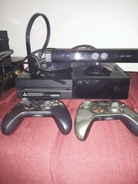 X box 1 connect. 2 controllers Woodstock, 21163