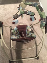Baby bouncing chair _ good condition  Woodbridge, 22192