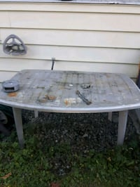 Plastic patio table and chairs Coquitlam, V3J 4G6