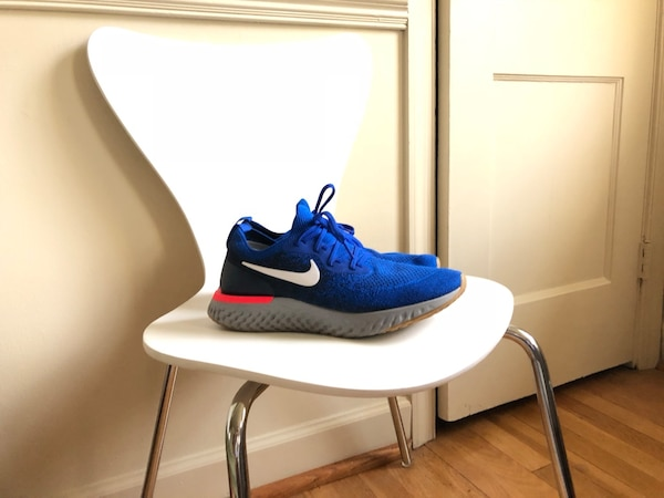 Nike Epic React Flyknit 9.5 Excellent Condition