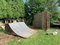 Half Pipe (no delivery)