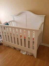 Thomasville 4-in-1 Convertible Crib Tampa, 33625