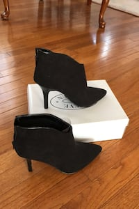 New Booties black suede Size 10 Fairfax, 22033