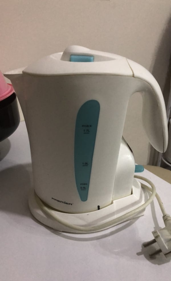 Kettle  dac2acf3-73e9-418e-9be9-7267c90f109f