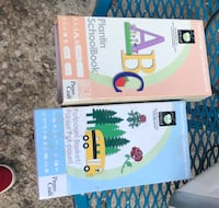 Two cricut cartridges with the cricut expression 1 Amarillo, 79110