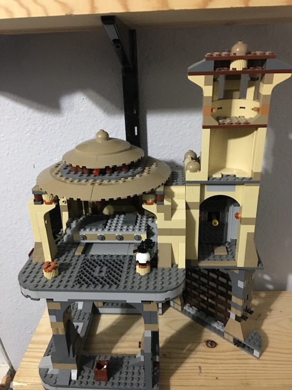 Used Lego Star Wars Jabbas Palace 9516 And Rancor Pit 75005 For
