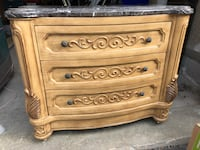3 drawer marble top  chest with mirror Richmond Hill, L4E 4C9