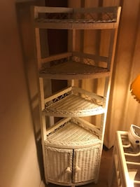 WICKER VINTAGE CORNER SHELF Norfolk
