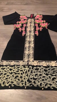 Pakistansk / indisk suit Vestby, 1540