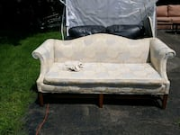 Fashionable White Couch Blakely, 18452