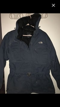 Like new north face winter good till -50 must go by Monday !!!!!! Montréal, H4E