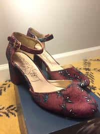 pair of burgundy-and-navy blue suede pumps NORTHCHARLESTON