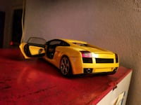 Lamborghini car pick up only Davenport and Avenue  Toronto, M5R 2E6