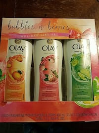 Bubbles-n-Berries holiday gift set