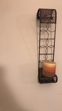 Candle holder & Candle  (set of 2) Temple Hills, 20748
