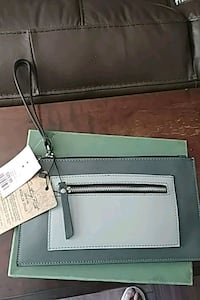 Grey leather wristlet Barrie, L4M 5B8