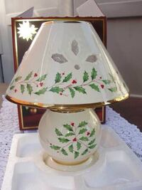 Lenox Holiday Holly & Berry Candle Lamp - $20 Bristol, Pa Bristol, 19007