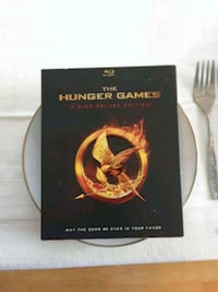 The Hunger Games Blu-ray 3-disc deluxe edition