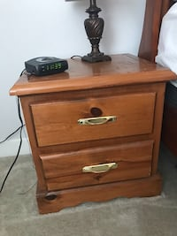 Brown wooden 2-drawer nightstand Surrey, V3S 7A3