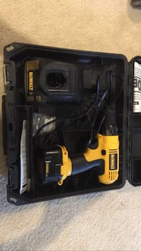 DeWalt cordless hand drill with case Chantilly, 20152