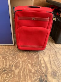 30 inch Suitcase Capitol Heights, 20743
