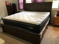 King size bed, mattress, and box spring New Carrollton