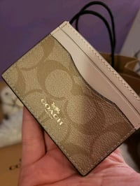 Brand new Authentic Coach Credit Card/Wallet Abbotsford