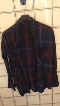 svart og rød plaid button-up skjorte Kristiansand S, 4623