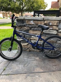 Blue and black bmx bike Bakersfield, 93313