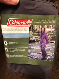New Coleman womens outdoor jacket Toronto, M9N 3Z4