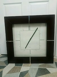 2 x 2 foot quartz clock