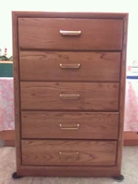 Upright brown dresser Mesa, 85205