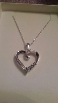 Kays necklace& heart pendent  Dover, 19901