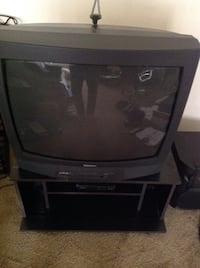 "Samsung 25"" TV with RCA digital converter box (includes remotes, antenna, manuals) Los Angeles, 91411"