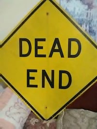 yellow and black Dead End road signage Mount Vernon, 47620