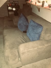 Good condition couch  Modesto, 95350