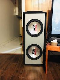 Gray and black mtx audio subwoofer with speaker enclosure Vancouver, V5X 2S9