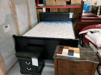 New queen bed frame on sale  Toronto, M9W 1P6