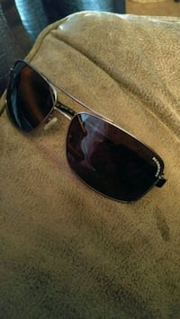 Burberry Shades (Trades or Cash)  3486 km