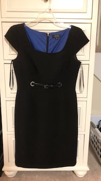 black scoop-neck sleeveless dress 32 km
