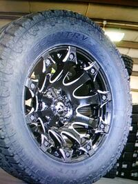 vehicle tire with wheel