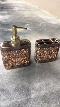 Brown and gold soap dispenser and toothbrush holder in broken glass design SF