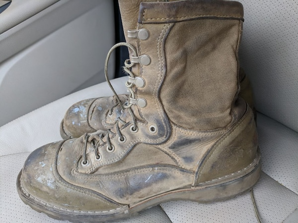Used 10 5 Used boots usmc danner rat boots for sale in Camp