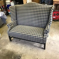 Love seat Norfolk, 23502