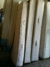 beds box spring / mattress  Gadsden