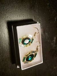Gold plated Crystal Emerald earring
