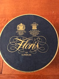 By Floris of London. Amazingly perfumed sterilized talk dusting powder Edwardian bouquet. 200 gr.  See for what 100 gr jar have been selling here http://www.florislondon.com/en_usd/bath-and-body/talcum-powder Tenafly, 07670