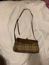 burberry bag  Lancaster, 93536