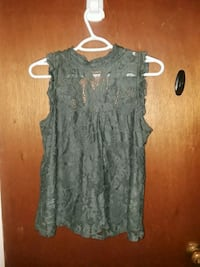 green tank top with lace King of Prussia, 19406